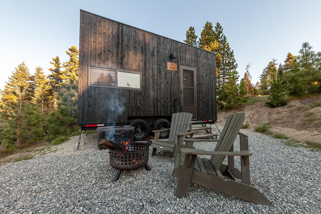 Getaway House Big Bear exterior of cabin Renata